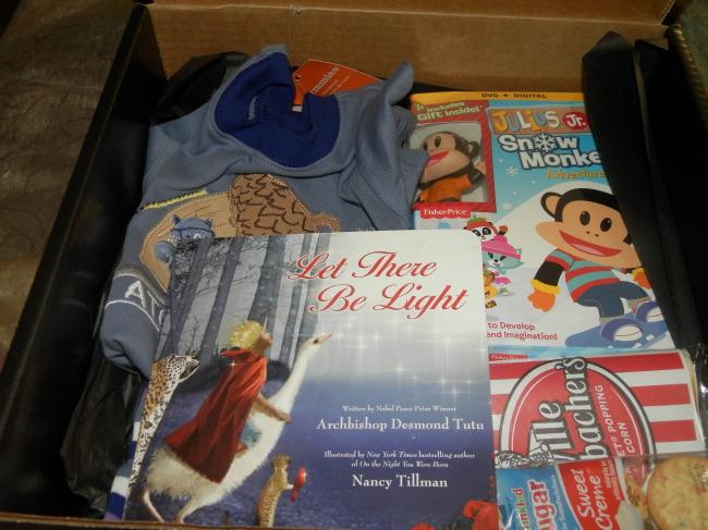 Boy's Christmas Eve Box