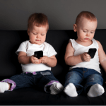 When to Introduce Smartphones to Your Kids