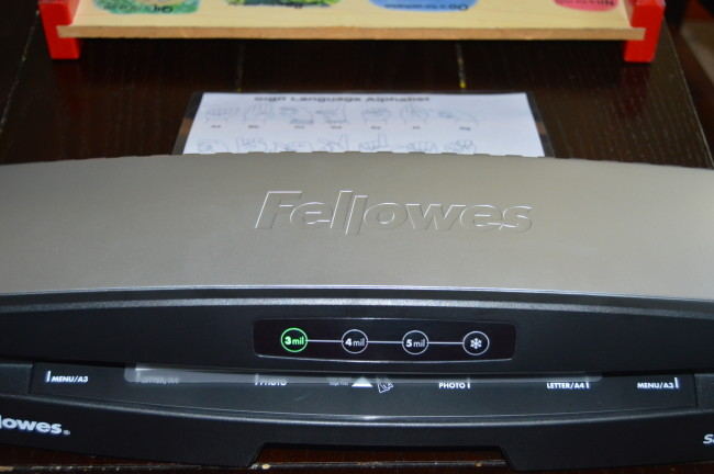 Fellowes Laminator (12)