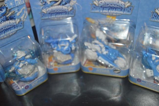 Skylanders Light It Up Blue Superchargers (2)
