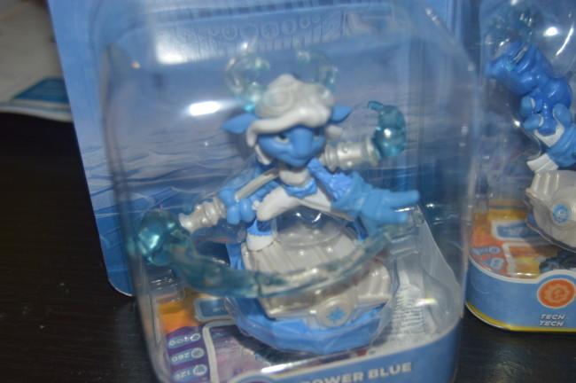 Skylanders Light It Up Blue Superchargers (4)