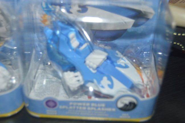Skylanders Light It Up Blue Superchargers (7)