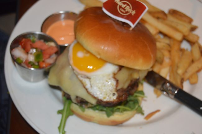 Hard Rock Cafe World Burger Tour (13)